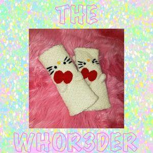 Hello Kitty Sanrio Wool Hand Warmers😻